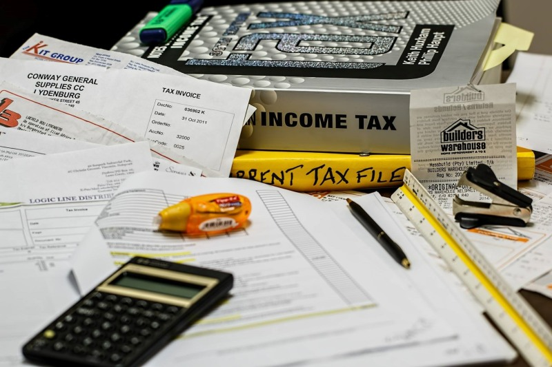 We can help you gather resources to prepare your income taxes.