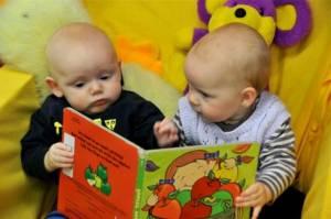babies reading