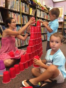 Wee Build Tower of cups