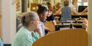 woman using computer at York County Library